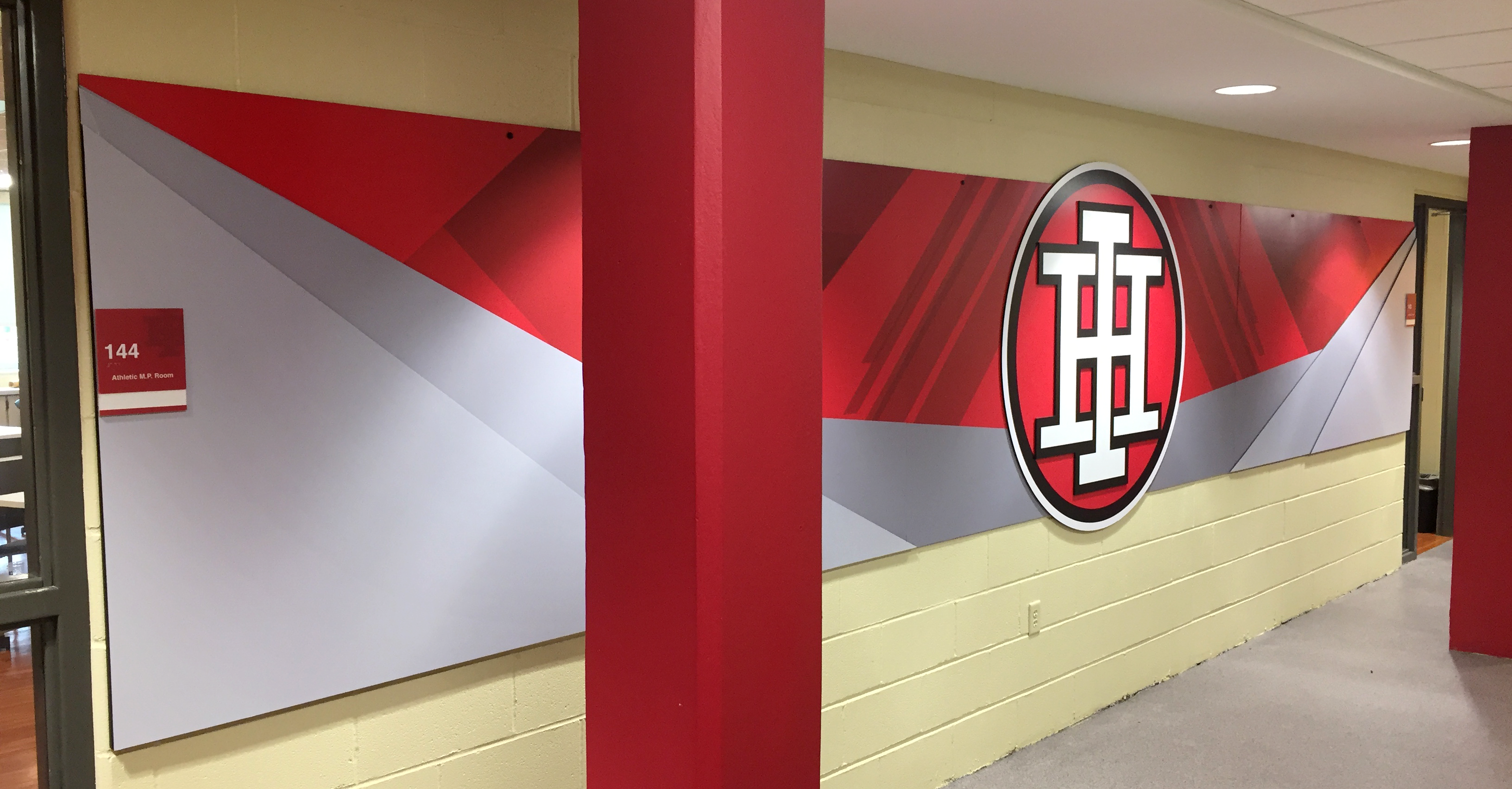 Indian_Hill_Athletic_Hallway_Centerpiece